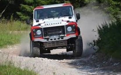 Land Rover Defender Challenge 2015 – Round 1 & 2  (extended clip)