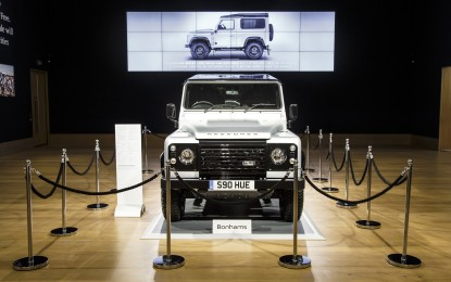 Land Rover Defender Celebration Master