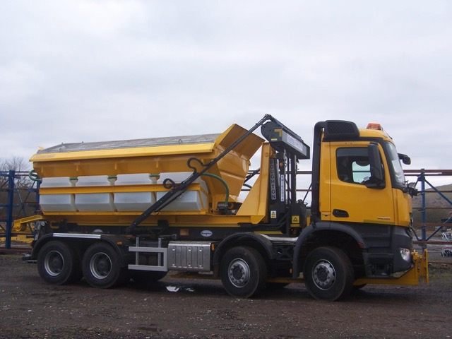 Boughton Hook Loader on Dual – Roll/On-Off