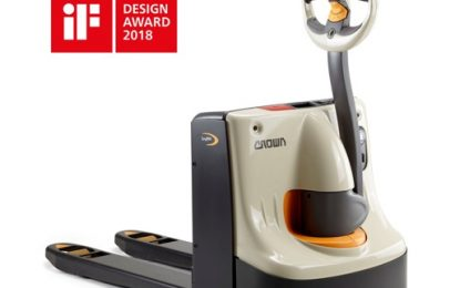 Crown's WP 3010 electric pallet truck wins iF Design Award 2018