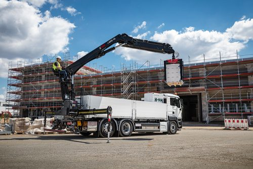 New building material crane models from Hiab at IAA CV