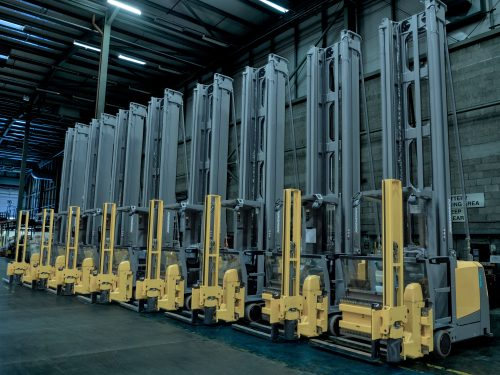 Wincanton Ireland invests in a fleet of 10 new VNA forklifts from Jungheinrich