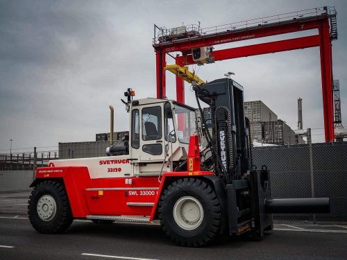 Bristol Port Company welcomes home SveTruck