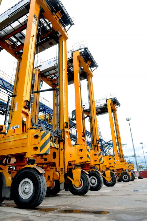 Kalmar straddle carriers selected for fleet renewal at Steveco in Finland