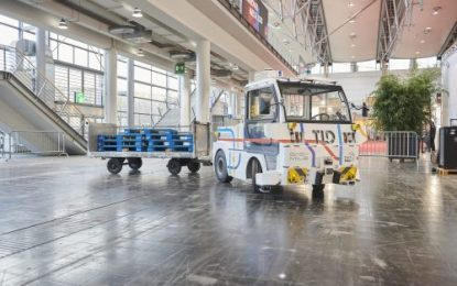 EasyMile's Autonomous Tow-Tractor Leads Industry with IFOY AWARD Win