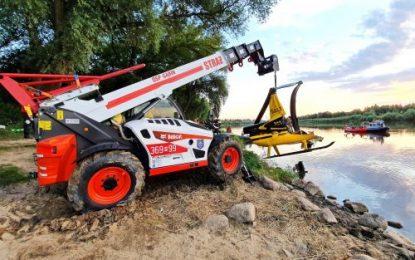 Bobcat Telehandler Helps Polish Fire Crew in Challenging Work