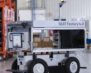 SEAT introduces autonomous mobile robots in its Barcelona factory