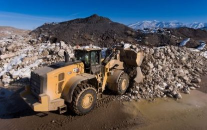 New Cat 980 & 982 series wheel loaders deliver premium performance, increased productivity and lower maintenance costs