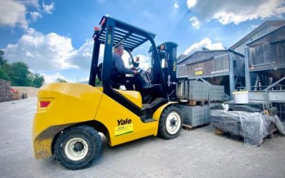 Yale UX Series truck establishes roots with landscaping experts