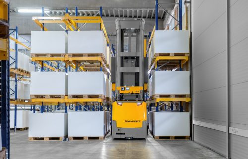 Jungheinrich automates production facility for ZF in Schweinfurt